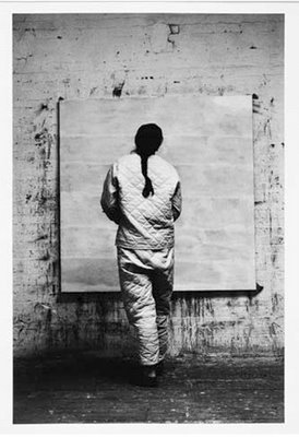 http://thishappyrock.files.wordpress.com/2009/06/agnes-martin.jpg
